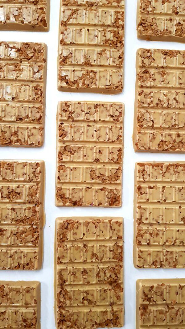 שוקולד קאג`ה שקדים וופל חמאה