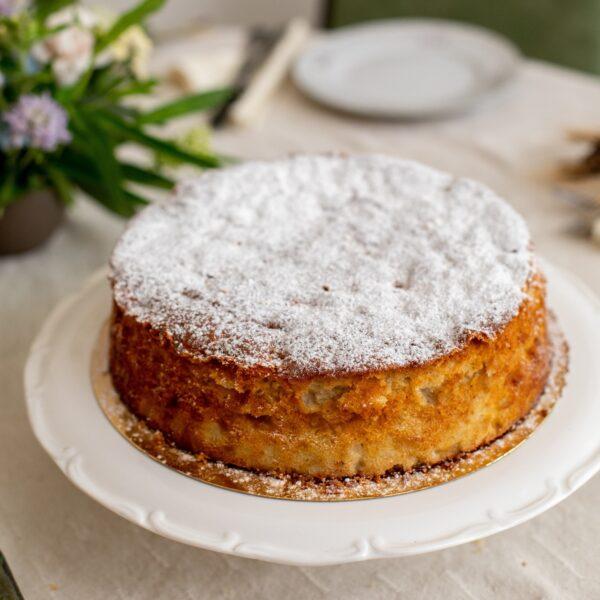 עוגת תפוחים ושקדים חגיגית